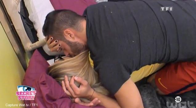VIDEO - Loïc (#SS9) se lâche enfin avec Mélanie!