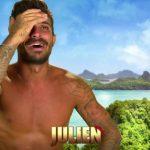 """Julien Tanti s'est essayé au lancer de noix de coco dans Moundir et les apprentis aventuriers. Une prestation aussi """"minable"""" qu'hilarante!"""