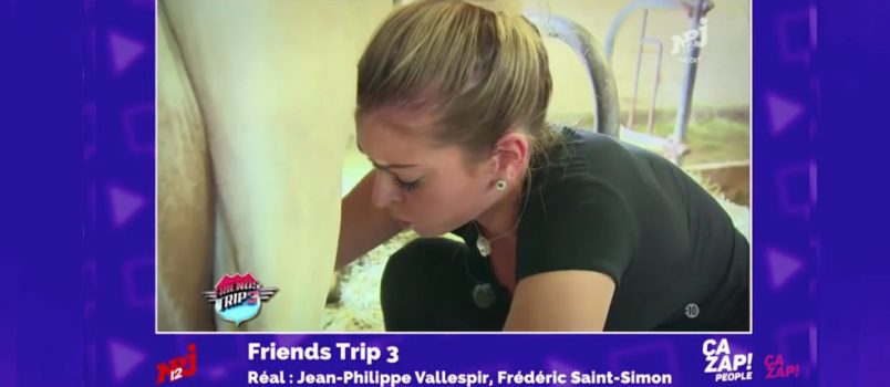 #FriendsTrip3: Mélanie Da Cruz, une vraie pro de la mamelle! ZAPPING PEOPLE 07/12/2016