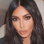 PHOTO - Kim Kardashian poste un adorable message pour son papa !