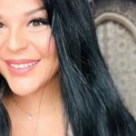 Sarah Fraisou: Le prix de ses fonds de teint fait grincer des dents!