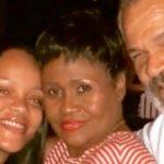 Rihanna: Elle attaque son père, Ronald Fenty, en justice!