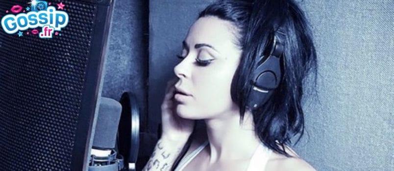 Shanna Kress dévoile la pochette de son nouveau single, ses fans ne la reconnaissent pas!