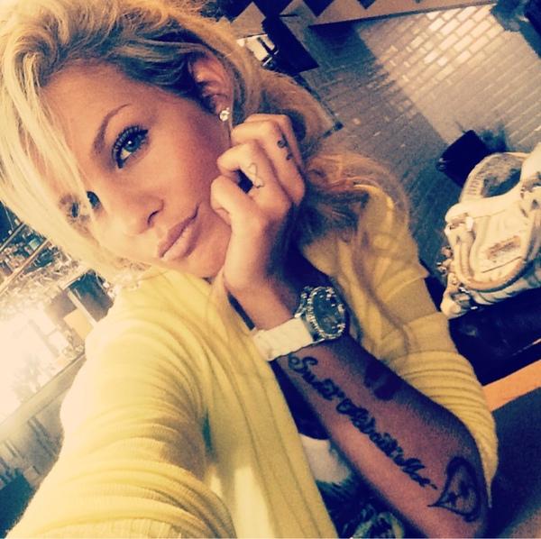 Adixia Lcdljs Elle Devoile La Signification De Ses Tatouages